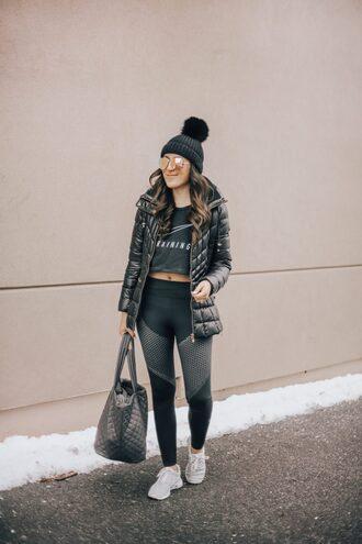 stephanie sterjovski - life + style blogger top leggings shoes jacket sunglasses bag hat beanie sportswear sports leggings