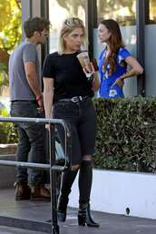 jeans,ashley benson,streetstyle,all black everything,casual