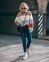 sweater,striped sweater,knit,jeans,skinny jeans,high waisted jeans,shoes,crossbody bag,aviator sunglasses