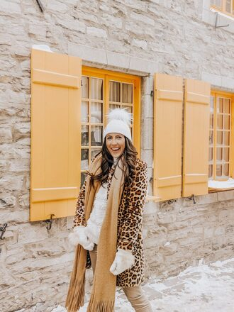 stephanie sterjovski - life + style blogger coat hat pants shoes winter outfits beanie animal print coat gloves animal print