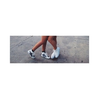 shoes kylie jenner cute shoes edgy skater girl hot white and black