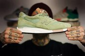 100,mens shoes,new balance,green,shoes