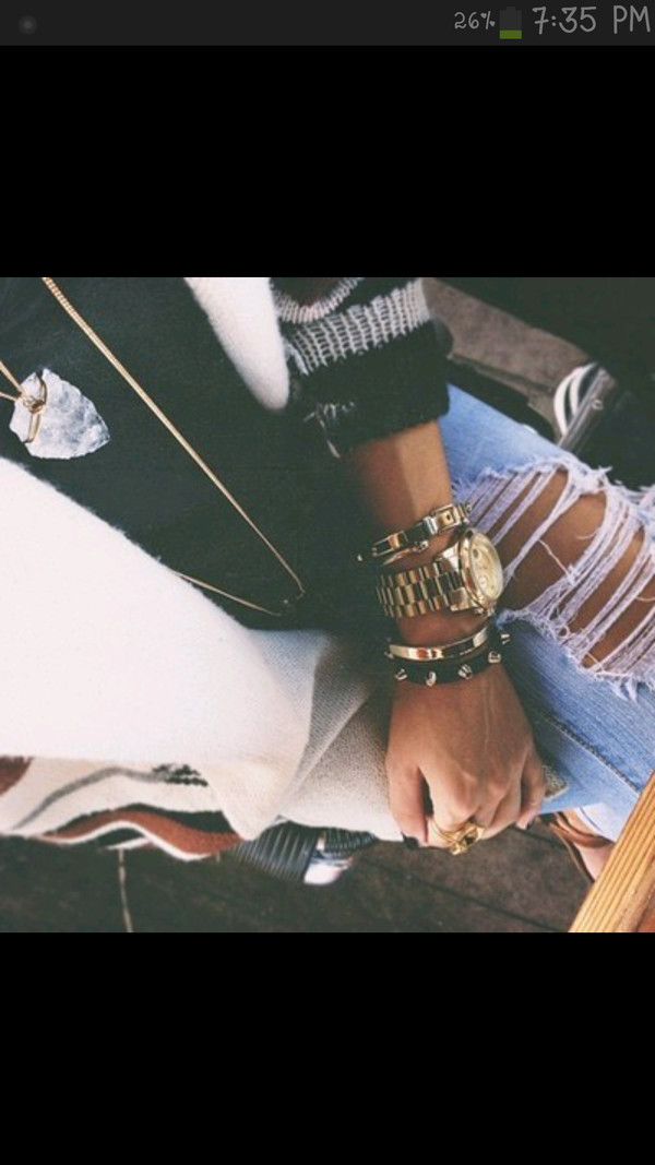 jewels gold jewelry ripped jeans boyfriend jeans