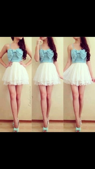 dress colour: blue and white pattern: denim style: dress length: short bows