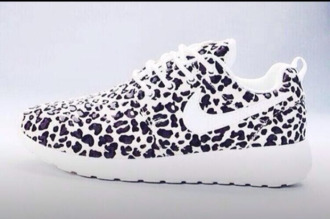 shoes leopard print black white nike