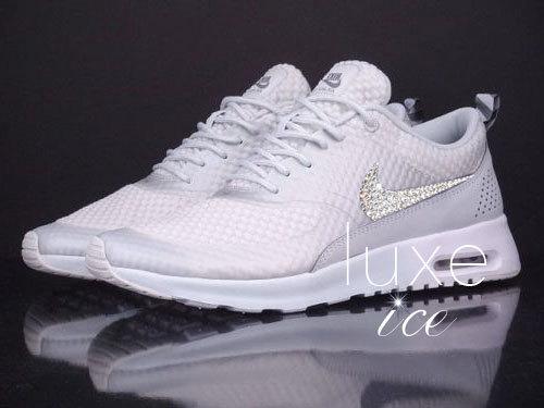 Nike Air Max Thea Premium w/Swarovski Crystals detail - Light Base Grey/Cool Grey/Metallic