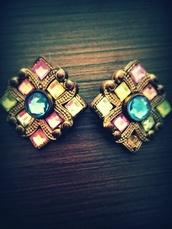 jewels,gems,gold,earrings,vintage,vintage earrings