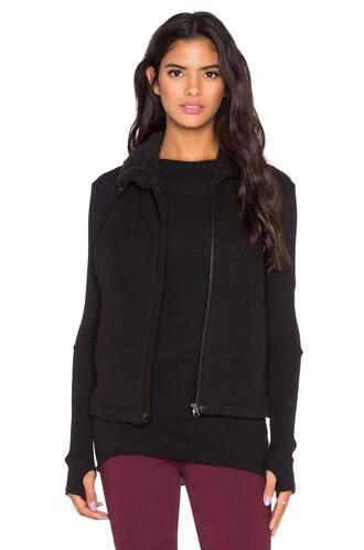 vest quilted black