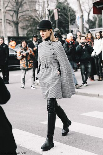 coat tumblr natalia vodianova model model off-duty fashion week 2017 streetstyle grey coat cape boots black boots knee high boots pants black pants leather pants black leather pants cap hat black hat turtleneck black top black turtleneck top