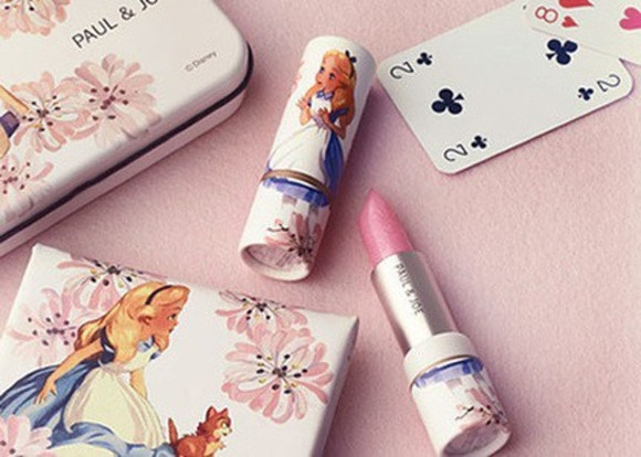 cute alice disney alice in wonderland super cute make-up lips pink girly tumblr floral lovely lipstick wonder woman wonderful lipsy