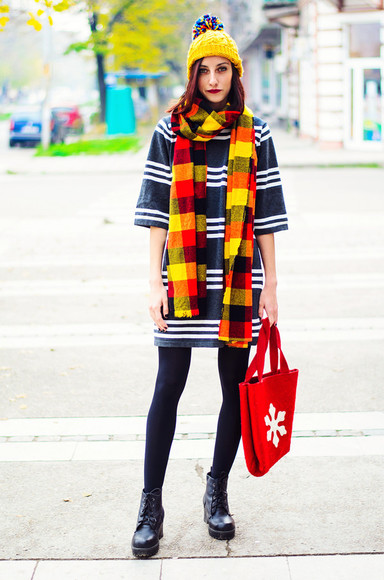 bag tote bag blogger beauty insanity scarf yellow pom pom beanie red flannel scarf striped dress DrMartens