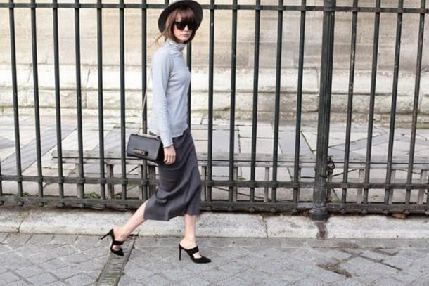 into your closet blogger hat black heels elegant grey sweater grey skirt
