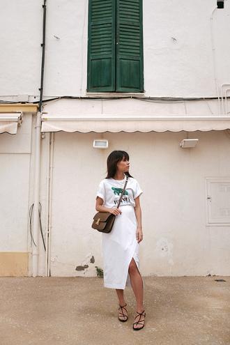 skirt white skirt top white top bag crossbody bag sandals black sandals flat sandals