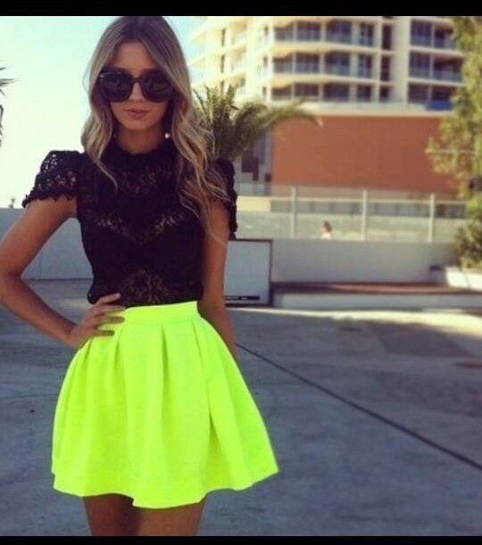 BLOGGERS FAVE NEON GREEN SKATER CELEB SKIRT & BLACK LACE BOUTIQUE TOP 10 - 12