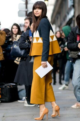 pants all yellow outfit coat yellow coat pumps pointed toe pumps miroslava duma streetstyle yellow pants