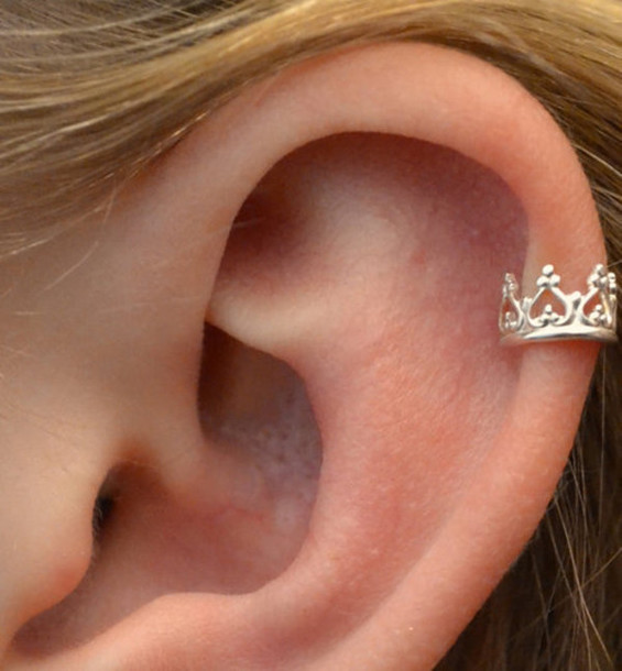 jewels earrings ear cuff crown ear cuff silver fashion style earrings accessories ear piercings earrings hair accessory helix piercing princess piercing queen perfect i want it black and sparkaly swimwear