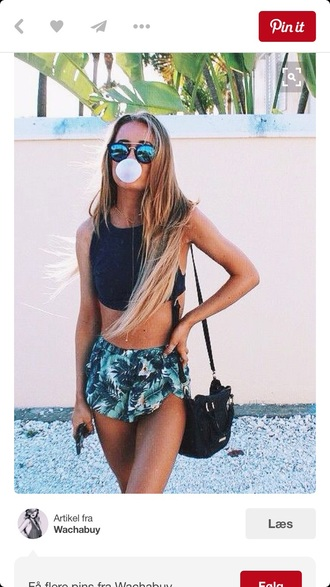 shorts green palm tree print black white summer outfit