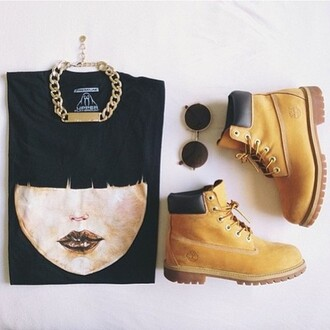 t-shirt geisha swaggy swag hipster timberlands streetstyle streetwear shoes jewels sunglasses