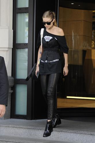 pants gigi hadid streetstyle milan fashion week 2016 ankle boots sunglasses top t-shirt model off-duty