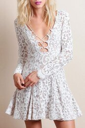 dress,lace,strappy,cute,fashion,style,white,trendy,casual,dressy,elegant,classy,party,long sleeves,adorable outfit,girly,feminine,party dress,romantic summer dress,lace up,mns