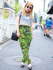 pants,green,leaves,leaf pattern,leaf/design