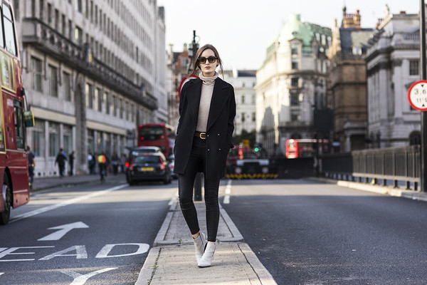 anouska proetta brandon blogger jeans sunglasses coat shoes