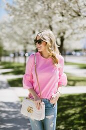 top,tumblr,pink top,bell sleeves,bag,white bag,chain bag,gucci,gucci bag,denim,jeans,blue jeans,sunglasses