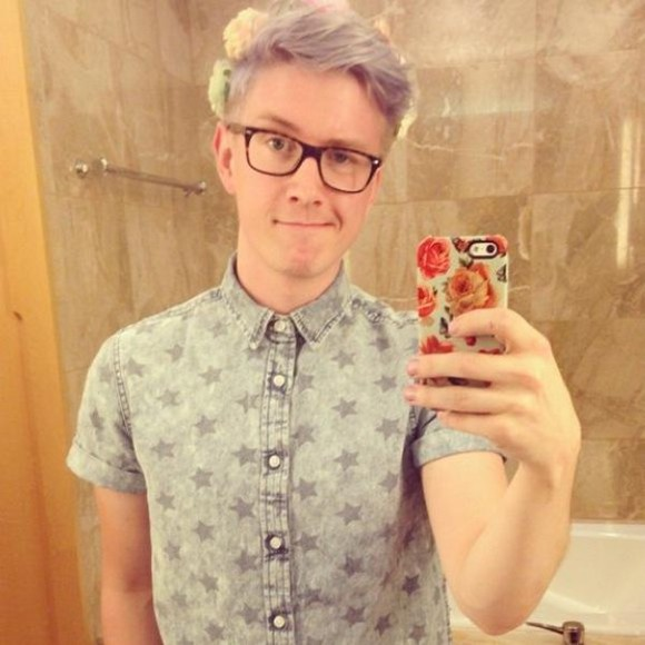mens shirt button up youtuber tyler oakley button down shirt denim shirt youtube denim stars