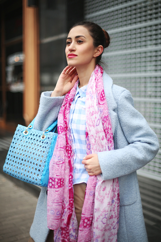 tina sizonova blogger printed scarf blue bag turquoise gingham blue coat light blue