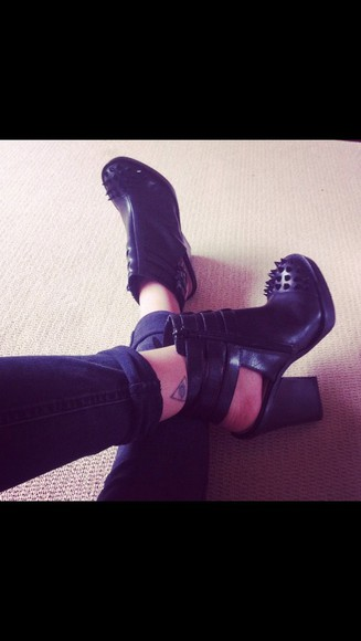 spikes shoes black boots black high heels