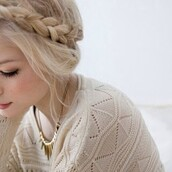 sweater,white,cream,off-white,loose,top,shirt,clothes,knit,knitted sweater,casual,hat,winter sweater,winter outfits,fall outfits,you want them,ilikeit,white sweater,vintage,vintage sweater,wanting,gold,jewels,gold jewelry,blonde hair,headband,flower crown,flower headband,blouse,boho,summer,brunette,cute,dark,grunge,hair,nature,soft grunge,tumblr,vibes