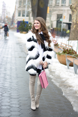 southern curls and pearls blogger coat blouse jewels leggings shoes bag make-up