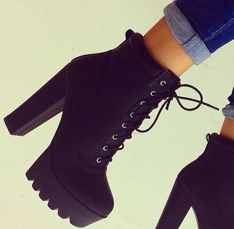 shoes black black heels black shoes black high heels combat boots black boots grunge trendy boho girl tumblr weheartit back to school fall outfits