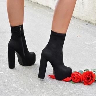 shoes ariel - black suede block heel boots
