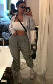 top,pants,sweatpants,kylie jenner,kardashians,instagram,shirt,sunglasses,crop tops,bandeau