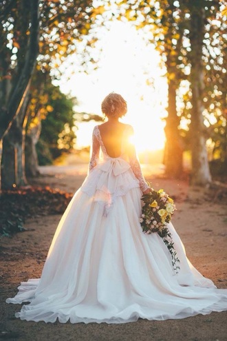 dress wedding wedding dress clothes white california laceweddingdress lace bow princess wedding dresses white dress lace dress lace wedding dress princess dress gown weddinggown dreamdress dreamwedding long sleeve dress lovely beautiful ball gown dress