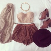 shorts,brown,cute,flow,shirt,sweater,shoes,hat,jewels,tank top,crop tops,summer outfits