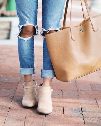 jeans blue jeans shoes handbag beige handbag bag