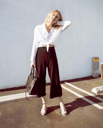 le fashion image blogger top shirt bag spring outfits tie-front top handbag