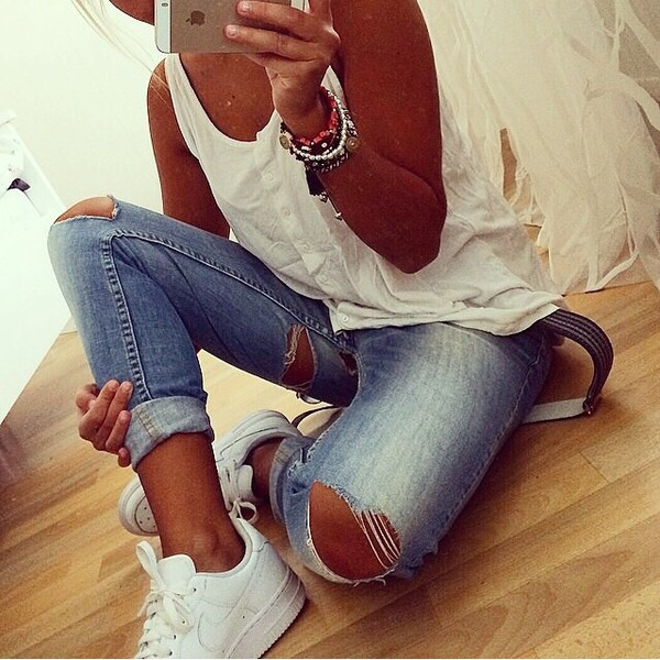jeans denim white top top white nike skinny jeans jeans denim top skinny tip skinny top style outfit jewels white shoes basket ripped jeans blue skinny jeans blouse swag summer shirt