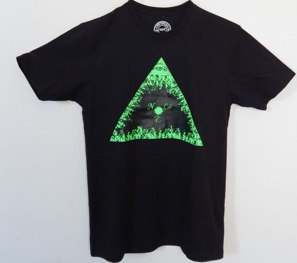 triangle shirt t-shirt fire pyramid