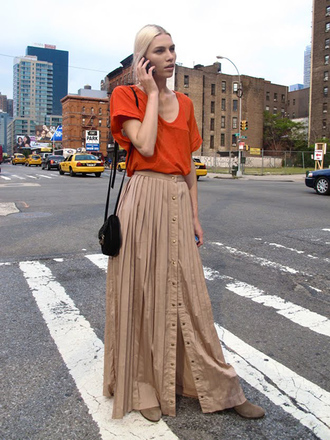 shirt skirt fall outfits maxi skirt ny new york city streetstyle fall outfits fall outfits fall outfits