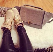 bag,chique,purse,leather,crocodile,snake leather,beige,gold,shoes,pants