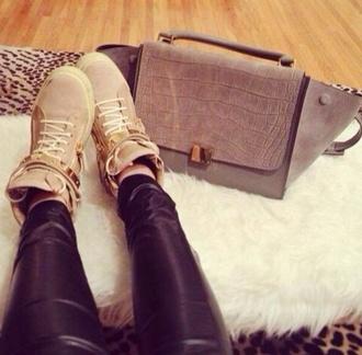 bag chique purse leather crocodile snake leather beige gold shoes pants