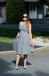 gumboot glam,blogger,dress,shoes,sunglasses,make-up,gingham dresses,summer outfits
