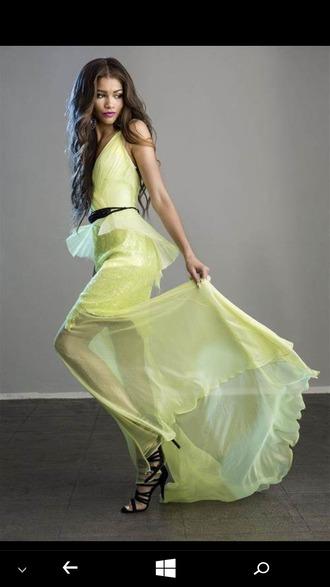 dress sheer strappy black heels black belt wavy hair