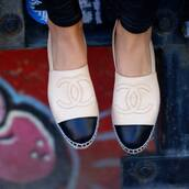 shoes,chanel inspired,chanel,white,chanel shoes,chanel sneakers,chanel white,bag