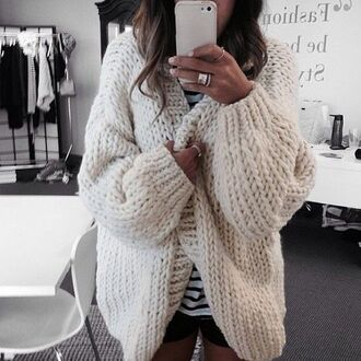 cardigan knit thick knit jumper cream winter outfits cosy sweaters