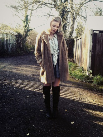 the velvet black blogger shirt faux fur winter coat knee high boots