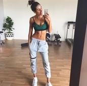 top,sports bra,workout top,workout pants,workout sports bra,strappy bra,army green sports bra